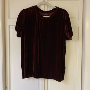 Abercrombie & Fitch Red Velvet Top sz XL